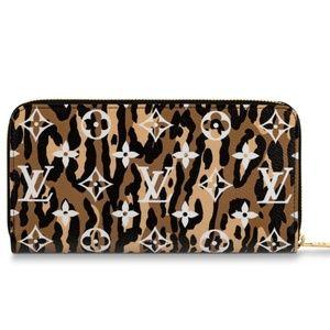 Louis Vuitton Jungle Monogram Giant Wallet